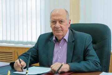 Академик РАН празднует свой день рождения